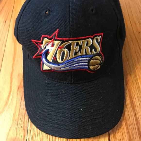 608c279c542 Philadelphia 76ers Sixers Black Adjustable Hat. M 5aca0cbb61ca108a6737ee59